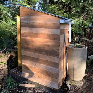 How to build a simple composting toilet